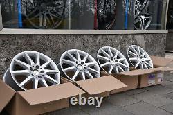 Original Mercedes-Benz Lot 17 Pouces W208, W209, R170, R171, W202, W203