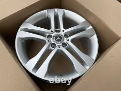 Original Mercedes Gla W156 X156 18 Pouces Alliage A1564010102 7,0Jx18 ET48 Top