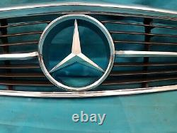 Original Mercedes W107 R107 Sl Calandre Entièrement Chromé Massifs Étoile Top