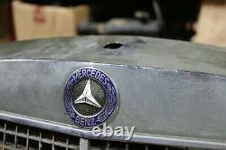 Original Mercedes W108 W109 280s- Calandre / Voiture Ancienne